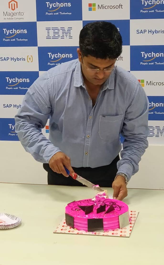 director-hbd-cake-2